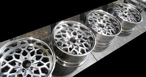18 X 9 SILVER BILLET WHEEL SNOWFLAKE ALUMINUM POLISHED SET OF 4